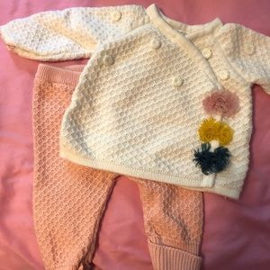 Mud pie outfit! Great condition